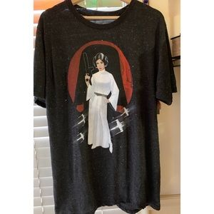 Princess Leia Star Wars T-shirt ⭐️